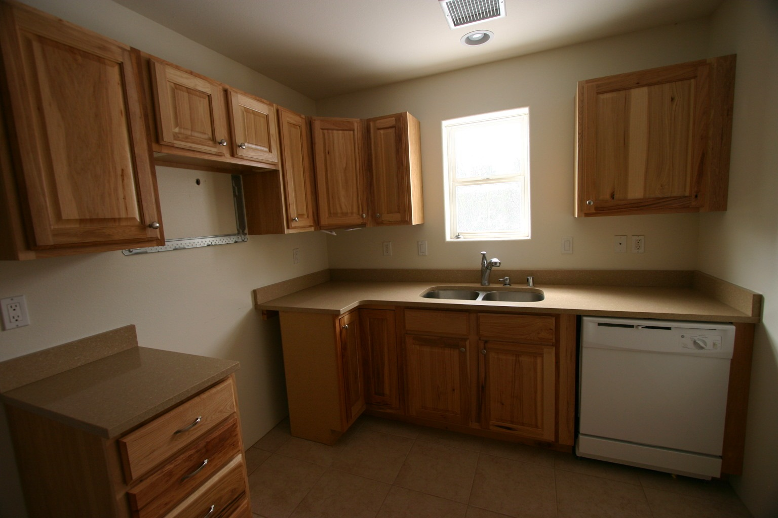 Kitchen needs refrigerator and range